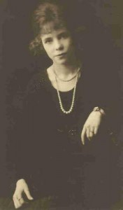 Maurine Wood (Copren), Blanche Cole Wood's daughter grown, circa. 1920s
